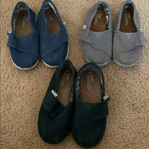 3 pairs toddler Toms size 9